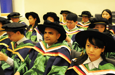 CQT's Arun at the NUS Commencement 2012.