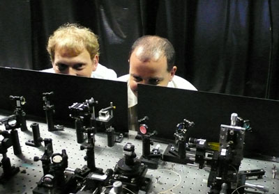 Christian Kurtsiefer and Valerio Scarani eavesdrop on a quantum experiment at the Centre for Quantum Technologies.