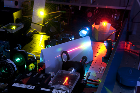 Picture of an optical frequency comb at the Centre for Quantum Technologies in Singapore.