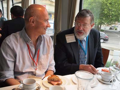 Artur Ekert and Bill Phillips enjoying breakfast at the Lindau Nobel Laureate Meeting.