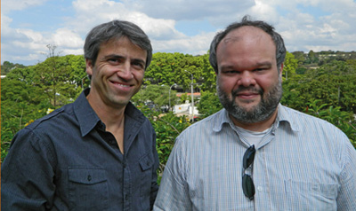 Quantum physicists Andre Carvalho (left) and Marcelo Franca Santos (right).